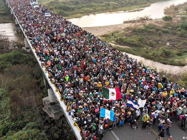 migrant caravan us border wall